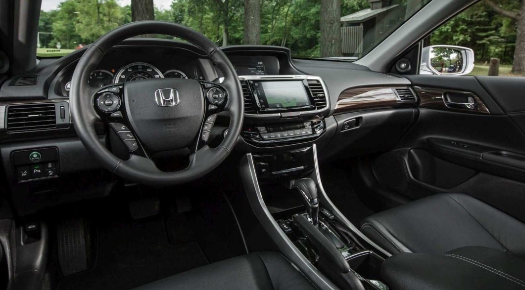 2020 Honda Accord 2.0T Touring Interior