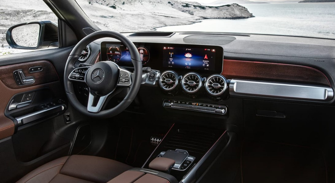 2020 Mercedes GLB 250 Interior